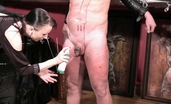 Brutal face slapping and worship 1