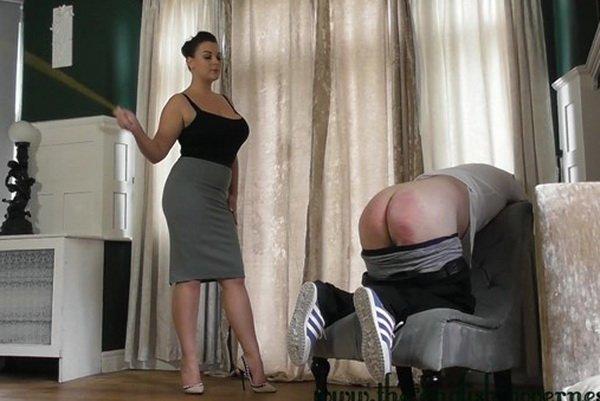 Daisy duke naked porno