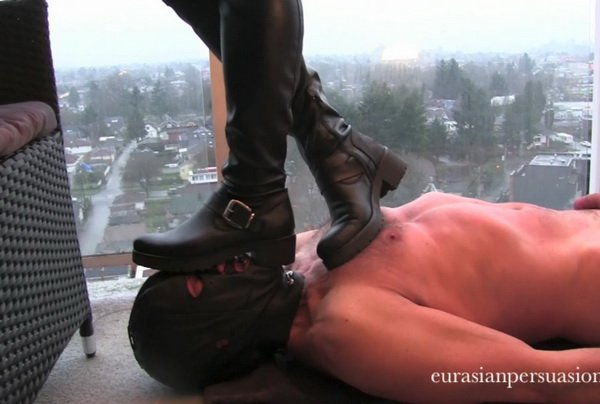 Amateur High Heels Blow Job