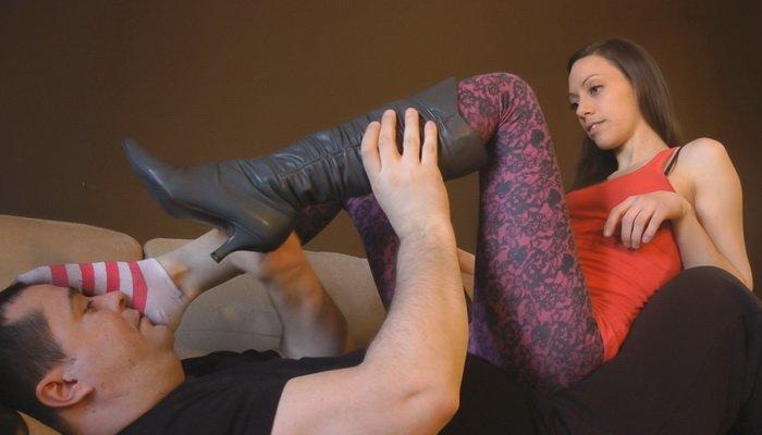 Intense Lesbian Foot Worship