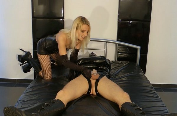 Anal Tied Up Amateur Slave