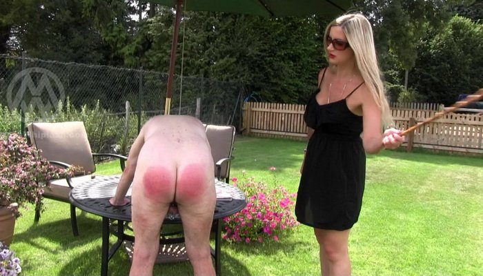 Femdom outdoor whipping