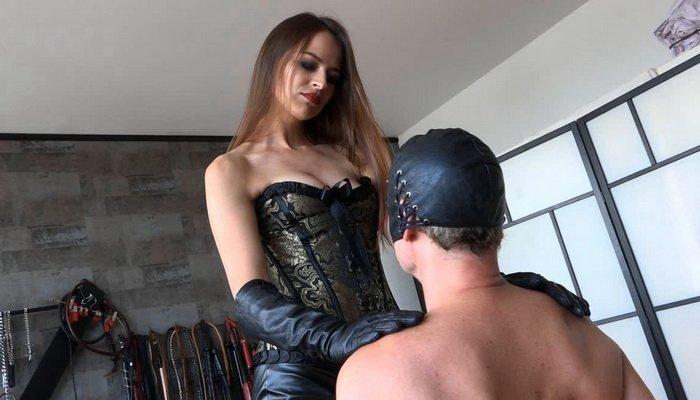 Cruel Georgia Mistress Iveta, A Sensual Slapping