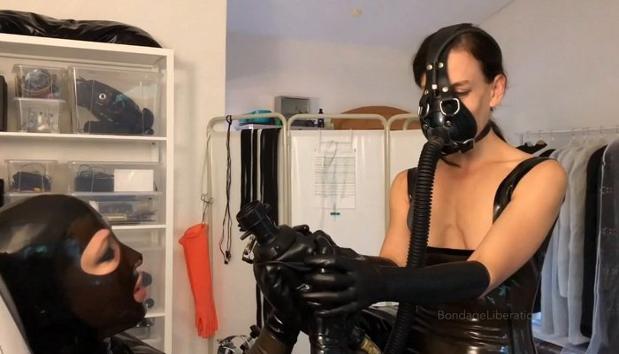 Lezdom Rubber Bondage, Horny Rubber Breath Play with Elise Graves and Anna Rose