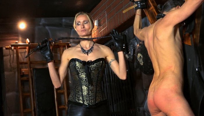 Leather Hard Whipping On The Cross With Mistress Empress -4924