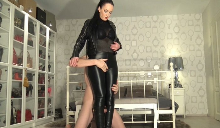 Boot Femdom Fetish, Cum on My Leather Riding Boots with Fetish Liza part 1